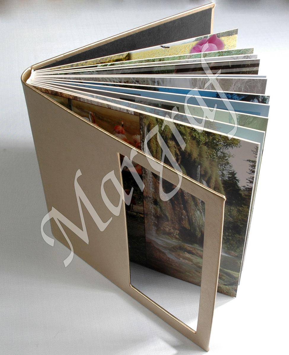 Foto-album z odbitek fotograficznych 30x60, oprawa eko-skóra, 32 str. / 16 rozkładówek